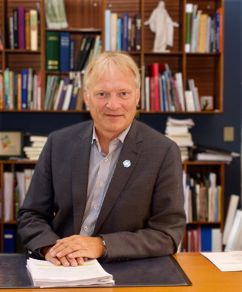 06 Biskop Henrik Stubkjær