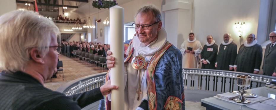 Biskop Henrik Stubkjær til indvielse af kirke