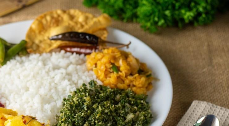 Bolle og ris i karry