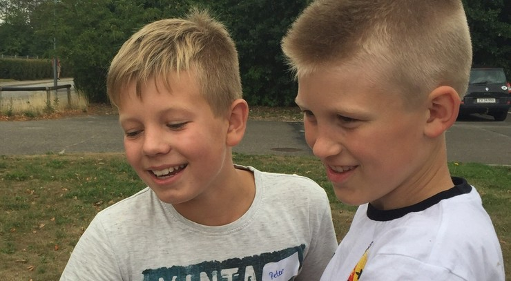 To drenge til sommerkirke
