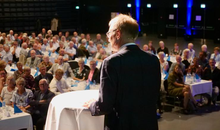 Henrik Stubkjær på talerstolen